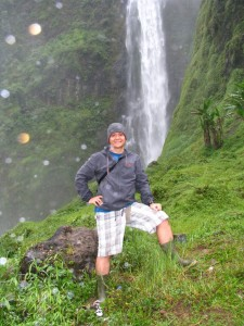 WH_Posing-in-front-of-the-amazing-waterfall-768x1024