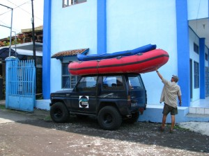 WWR_Securing-of-Raft-to-4WD-1024x768